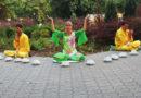 Практикуючі Фалунь Дафа знайомлять жителів Запоріжжя і Маріуполя з медитаціями
