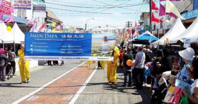 Сідней, Австралія. Фалуньгун тепло зустрічають на вуличному фестивалі
