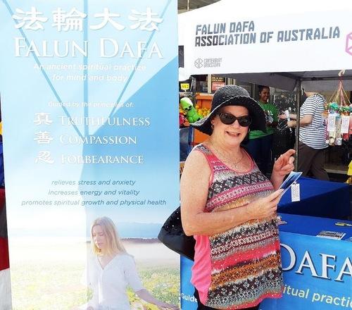 Кеті Мартін раніше вже чула про переслідування Фалуньгун у Китаї, і сподівається, що ці репресії незабаром припиняться