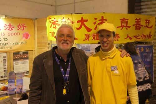Патрік Віот, представник виставки Salons Bio & Co, сказав, що китайському консульству не вдалося перешкодити участі практикуючих