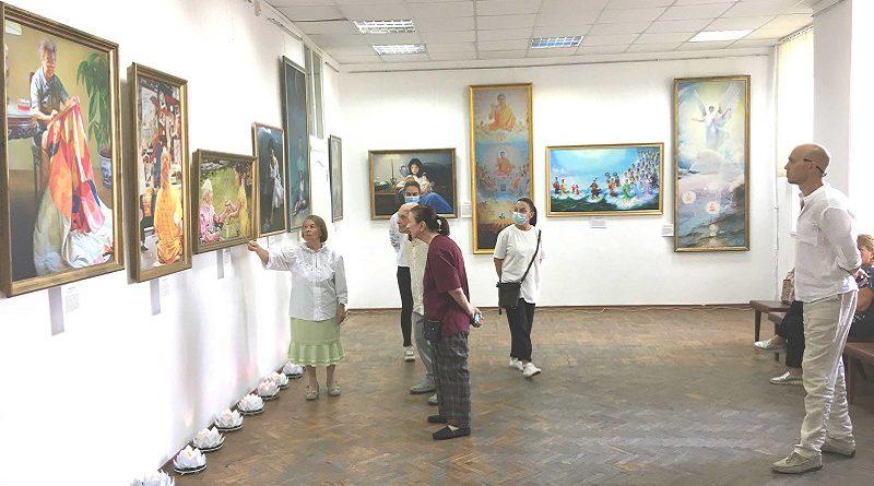 У Херсоні пройшла Міжнародна виставка картин «Мистецтво Чжень Шань Жень»